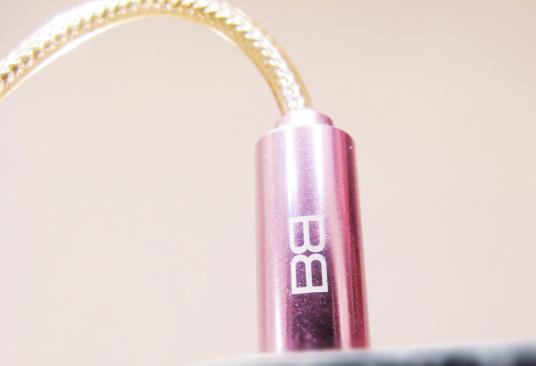Earphones pink - earphones to answer phone calls